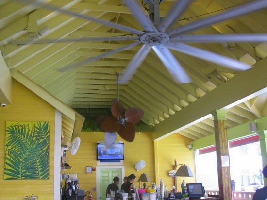 Sunshine Grill : Interior shot