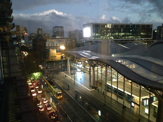 Vibe Savoy Hotel Melbourne: View from Level 7