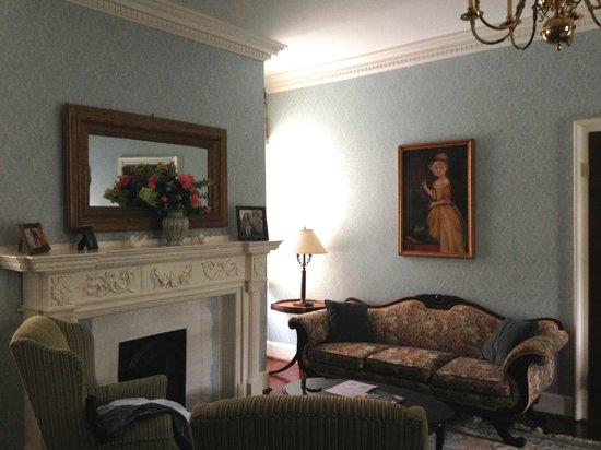 King George IV Inn: beautiful historical feel of room