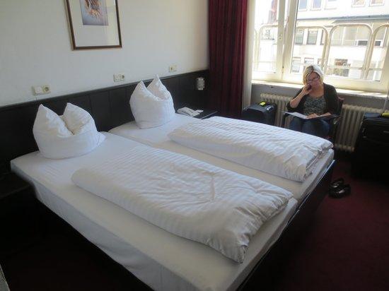 Hotel Zentrum: Beds