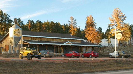 Black Hills Wine Tours: Miner Brewing Company