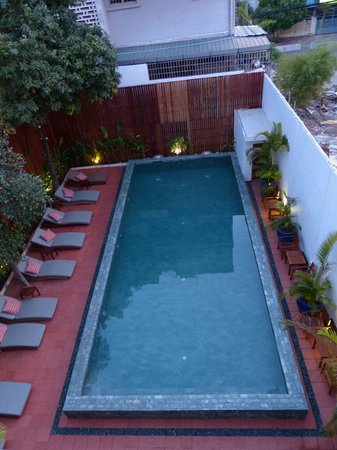 TeaHouse: The new pool
