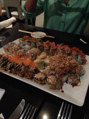 Asia Bay Sushi Bar & Thai: Amazing Sushi!