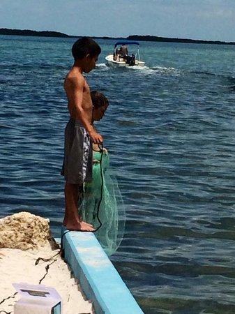 Seafarer Resort and Beach: cast netting