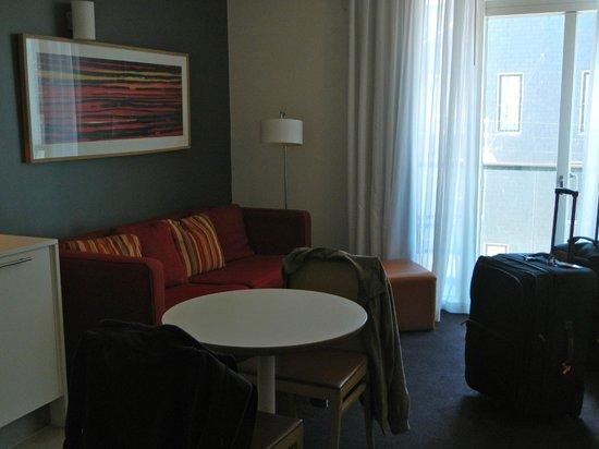 Adina Apartment Hotel Copenhagen : Living Area