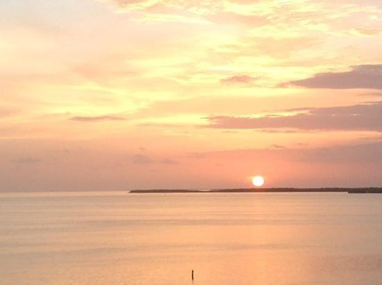 Hilton Key Largo Resort: sunset from 4 th floor