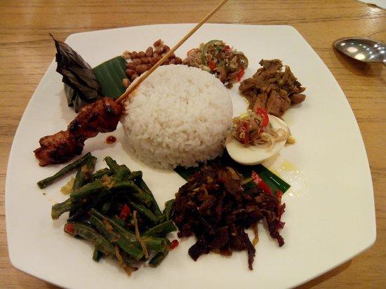 Bali Rani Hotel: nasi campur bali