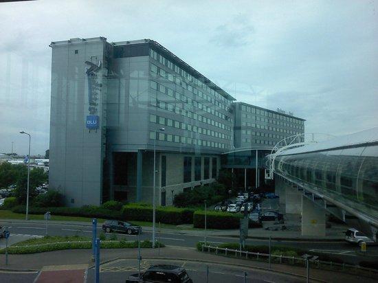 Radisson Blu Hotel, Manchester Airport : hotel