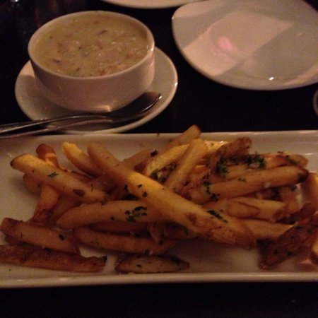 Gordon Biersch Brewing Company : Southwest Chicken & Corn Chowder and Garlic Fries