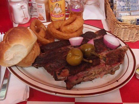 Smokin Joes BBQ: Three Rib Small Dinner Plate, Smokin' Joe's