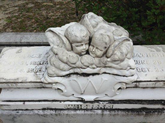 Bonaventure Cemetery Tours: children memorial