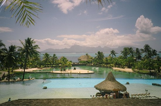 InterContinental Tahiti Resort & Spa : classic postcard view
