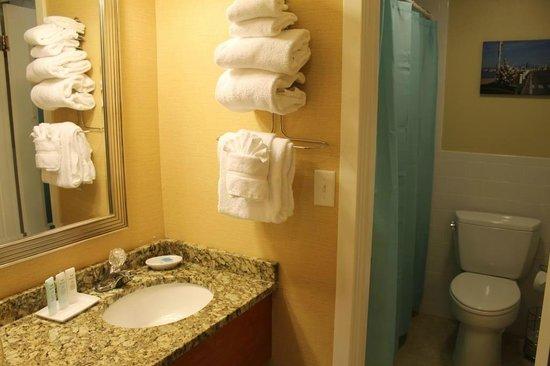 Cape Colony Inn: New Bathrooms