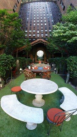 Hudson Hotel New York : terraço 1