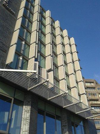 DoubleTree by Hilton Hotel Amsterdam Centraal Station: Fachada do Hotel
