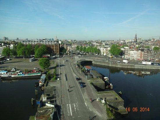 DoubleTree by Hilton Hotel Amsterdam Centraal Station: Vista da cidade