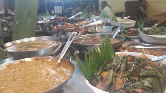 Kamay Kainan : different food choices