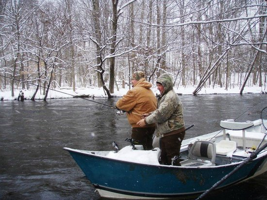 Drift boat fishing for salmon and steelhead picture of for Salmon river ny fishing map