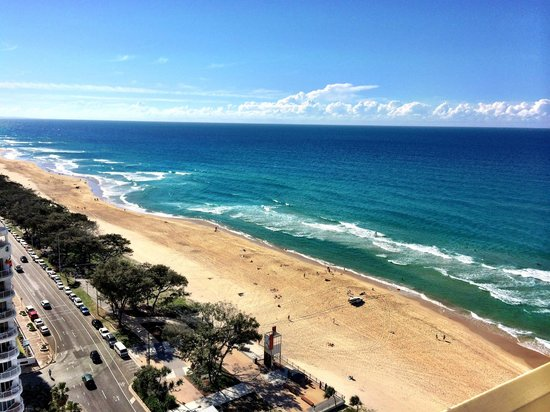 Chateau Beachside: The view from our 18th floor room!