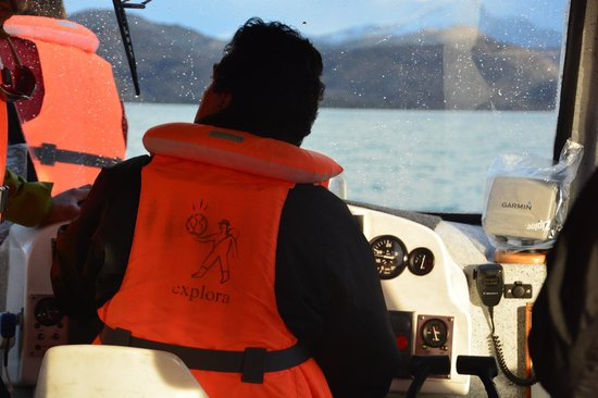 explora Patagonia - All Inclusive : Captain of the boat