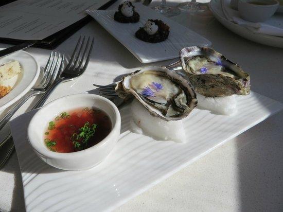 Bracu: Oysters au naturel