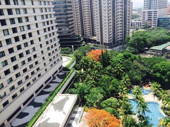 Edsa Shangri-La: View from Horizon Club Floor, Garden Wing