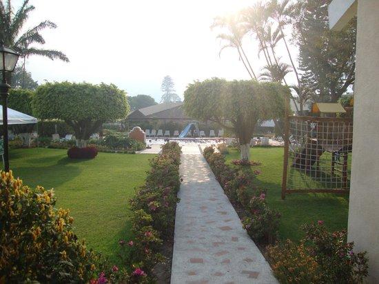 Soleil La Antigua: jardines
