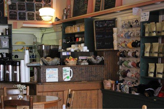 Lexington Coffee Shop: Entrance
