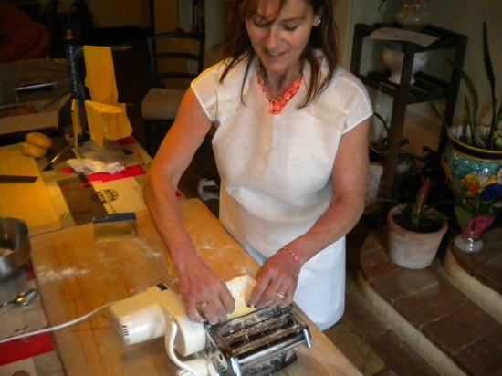 Percorsi con Gusto : Making home made pasta