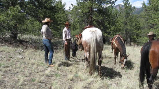 Tarryall River Ranch: Out on a ride