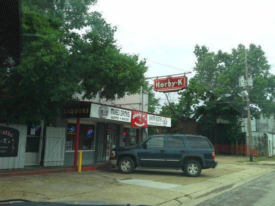 Herby-K's Restaurant: Hidden Gem