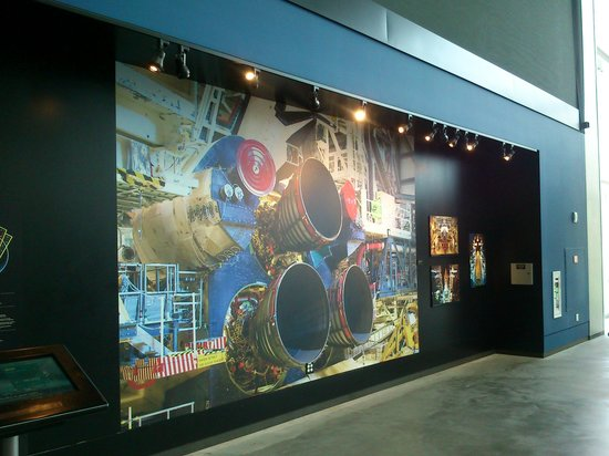 The Museum of Flight : Mural Programa Transbordadores Espaciales.