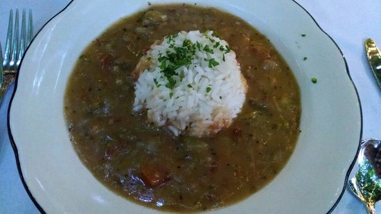 Court of Two Sisters : Seafood Gumbo. OK, nothing amazing.