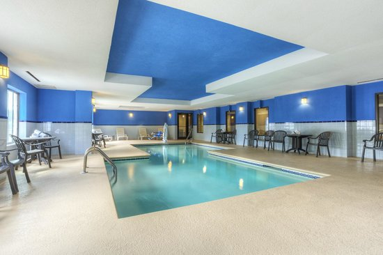 Comfort Inn & Suites - Lookout Mountain: Indoor Pool