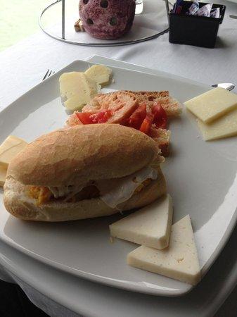 Porta di Basso: Burrata and egg sandwich.  Local cheeses