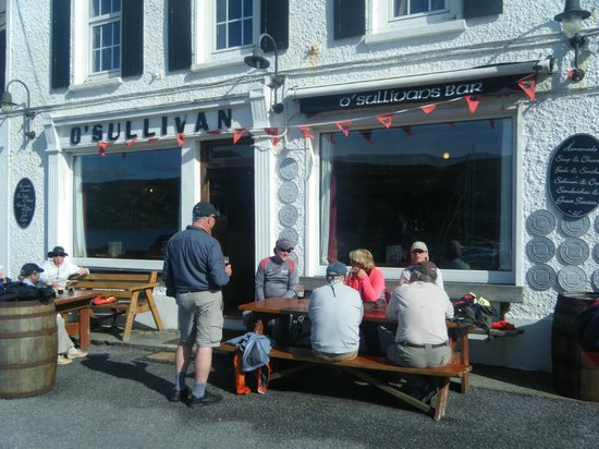 Crookhaven, Ireland: This bar is a local attraction