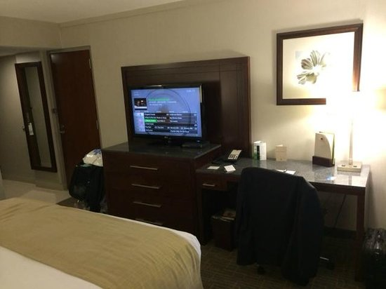 DoubleTree by Hilton Hotel Kamloops: room