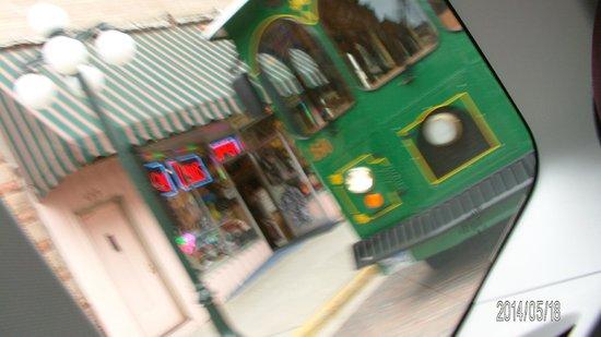 Deadwood Alive: the trolley