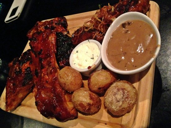 Flame Bar and Grill: Flame mixed grill