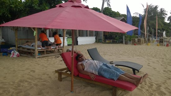 Hacienda Beach Resort : Private Beach