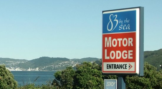 ASURE 83 By The Sea Petone: Street signage