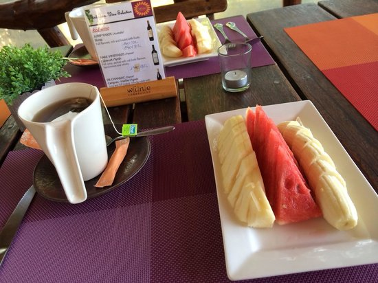 Tantawan Bungalow: Fruit salad from the restaurant