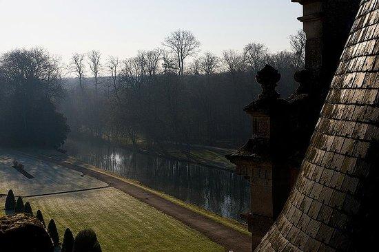 Chateau d'Esclimont: park view