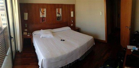 NH Málaga: Bed