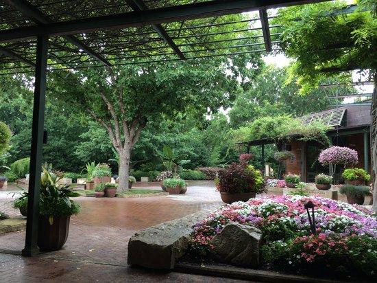 Arboretum et jardin botanique de Dallas : Entrance