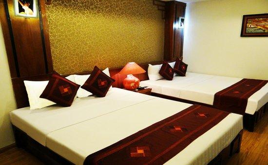 Parkson Hotel Hanoi- Family Suite Room