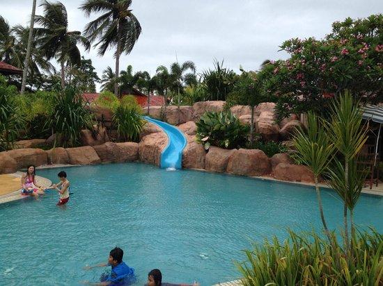 Meritus Pelangi Beach Resort & Spa, Langkawi : Main pool