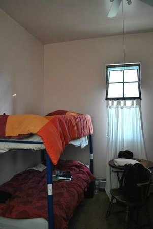 Hostelling International San Diego Downtown: a 4 beds dorm