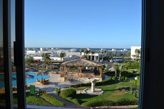 Hilton Hurghada Long Beach Resort: красивейший вид из окна