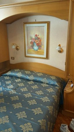 Hotel Concordia : room